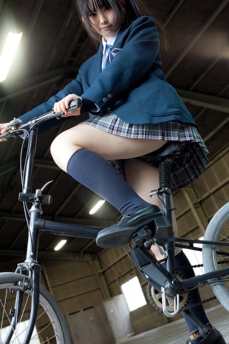 Upskirt en la escuela maestra - 5 7