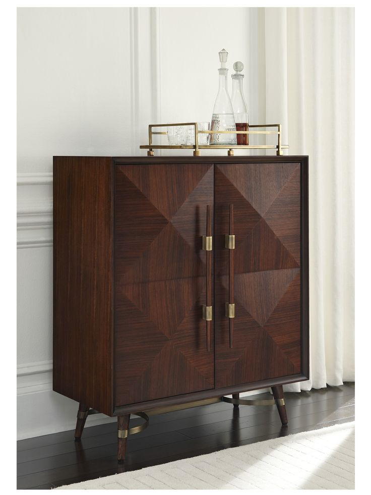 Best 25+ Modern bar cabinet ideas on Pinterest | Mid ...