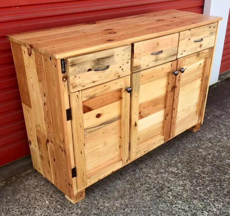 Wood Pallet Sideboard | 99 Pallets
