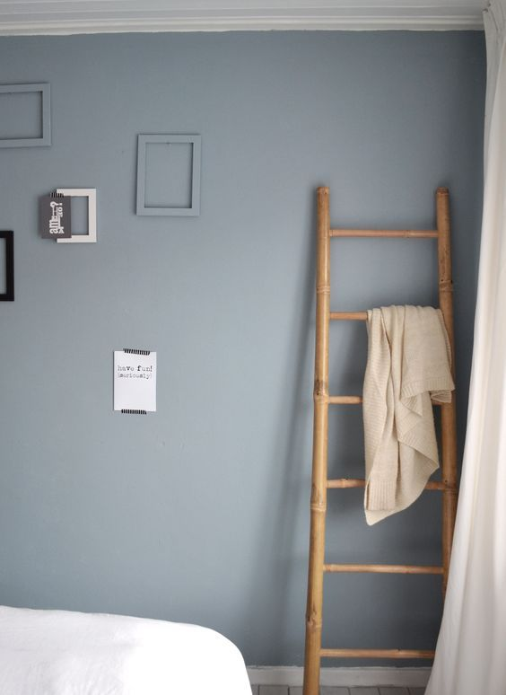 Meer dan 1000 idee n over blauwe verf kleuren op pinterest verfkleuren benjamin moore en - Muur taupe kleur ...