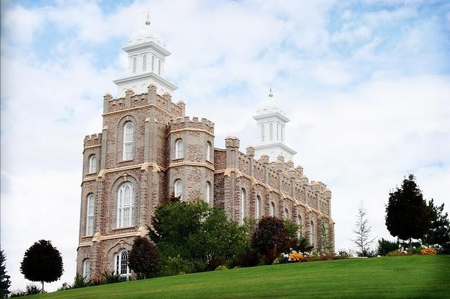 2003 Logan Utah Temple