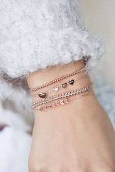 show some love this Christmas with meaningful symbol jewelry ✨ I http://NEWONE-SHOP.COM