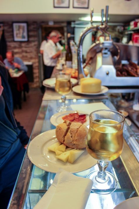 Best Secret Restaurants in Lisbon The Best Secret Restaurants in Lisbon is a small collection of privately held, individual establishments that still operate in the same way in which they were conceived 50, 60, 70 or more years ago. These restaurants provide you and insight into the best Portuguese traditional gastronomy that Lisbon...