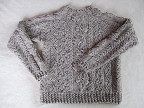 Ravelry: genkichi's Herbstlied / The twining oak leaf pattern I did for Knitter's Great American Afghan back in '96