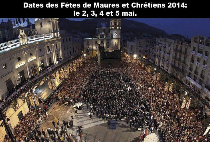 Plaça d' Espanya el día de los Músicos en #Alcoy Fiestas de Moros y Cristianos. Turismo y Cultura. #Alcoi #MorosyCristianos