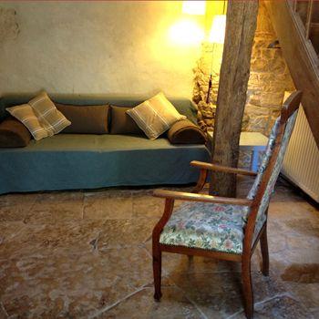 Le coin salon dans l'appartement Le Studio à La Grosse Talle, 79120 Sepvret (Poitou-Charentes)