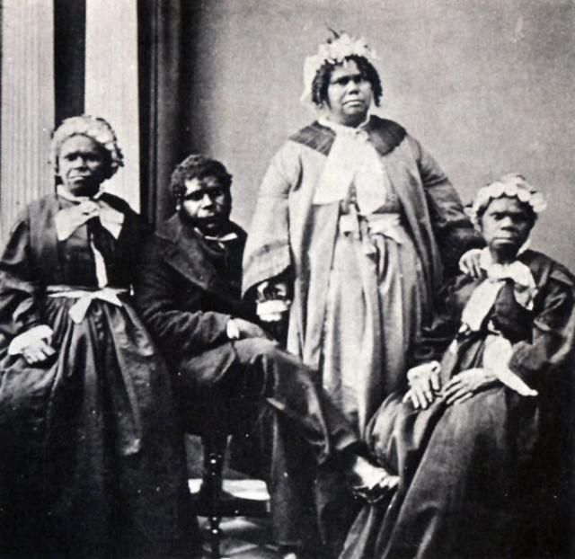 Truganini and last four Tasmanian Aborigines - Only they are not the last. Aboriginal people are still in Tasmania