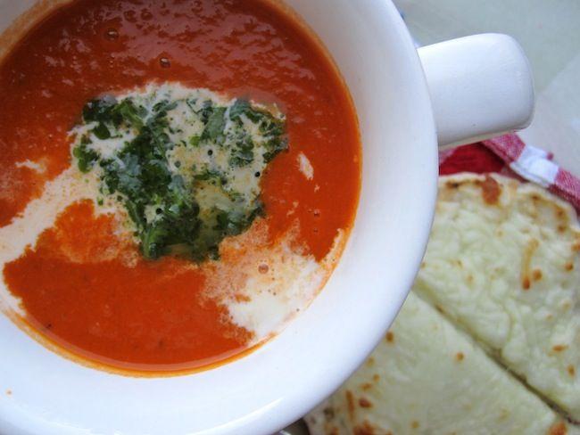 Sopa o Crema de Tomate con Albahaca (Tomato and Basil Soup)