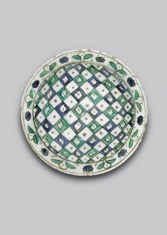 """An Iznik """"abstract"""" pottery Dish Turkey, 17th Century"""