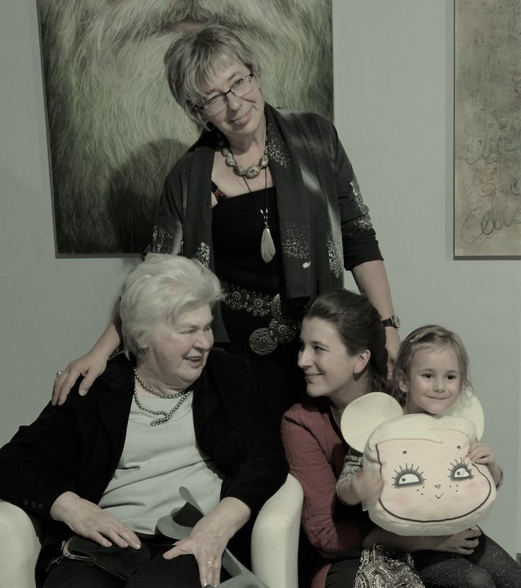 Four generations. three of them are painters. What will do the youngest of them, we will see?