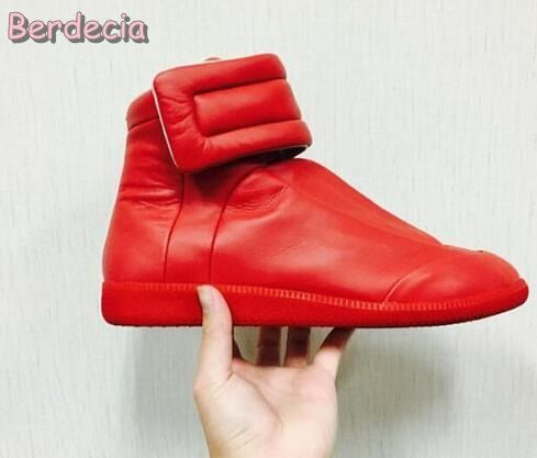 2017 Hot Selling High Quality Leather Shoes Round toe Casual Shoes for Men Hook&Loop Flat Shoes Men High top Casual Shoes Red