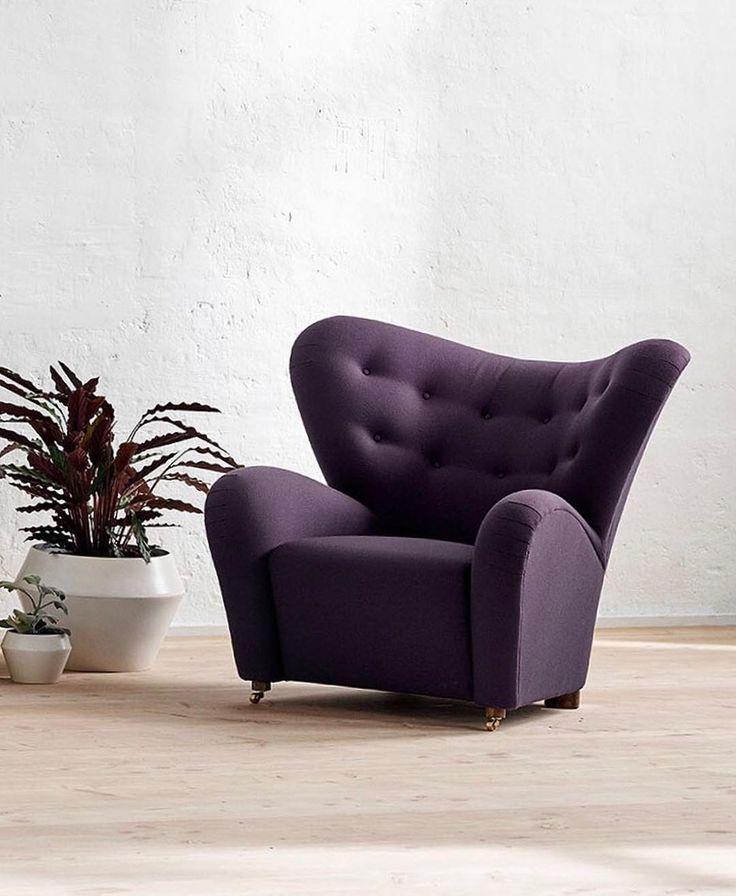 This season's Tired Man in a deep plum colored textile has an extravagant and sophisticated expression that lets the chair stand out even more. . #bylassenthetiredman #thetiredman #dentrættemand #armchair #lænestol #flemminglassen #easychair  #bylassen #bylassencopenhagen #danishdesign #designdenmark #danishdesign #interiordesign #scandinaviandesign #nordicdesign #designclassic