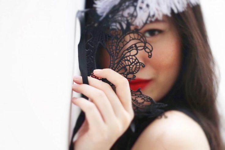 Masks for Holidays Coming at Ya! – ANGELINA EVELYN