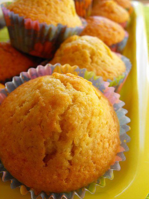 As receitas lá de casa: Queques de coco e limão