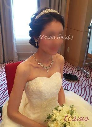 ルーズなフルアップでイメージチェンジ♡お綺麗な花嫁さまのホテル婚♡ | 大人可愛いブライダルヘアメイク 『tiamo』 の結婚カタログ