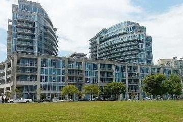 SOLD! Condo Apt - 1 bedroom(s) - Toronto - $300,000 ***Less then 1 week on the market***