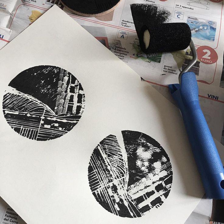 Esperimenti calcografici con il papà!  #calcografia #engraved #black #abstract #lucabraidottipaint
