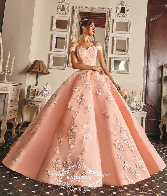 La elección de tu vestido de xv es de las cosas más importantes de este acontecimiento, por eso pensando en ti nos dimos a la tarea de buscar las mejores opciones de vestidos de 15 años color rosa en la actualidad. Ya que el color rosa es de los más elegidos para vestidos de quinceañeras, verás vestidos de 15 años color rosa pastel,vestidos de quince años modernos, imágenes de vestidos de 15 años estilo princesa y más.