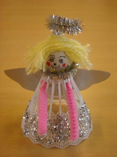 Dit engeltje wil ik met de kinderen gaan knutselen voor in de kerstboom #kerst