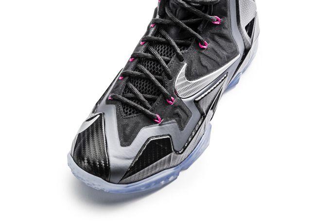 Nike gives shine to the LeBron 11 Miami Nights