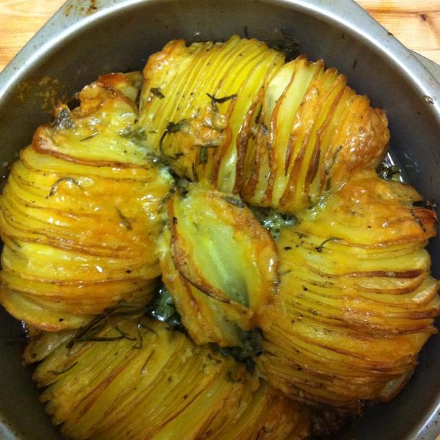 Cheesy sliced baked potatoes