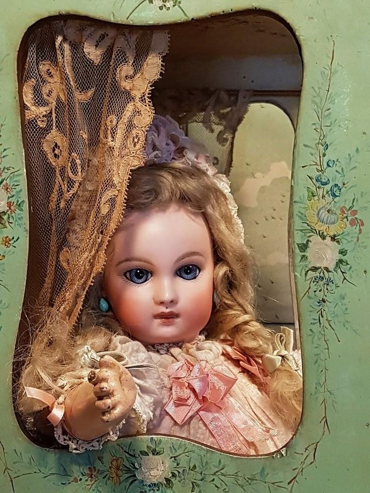She has a gorgeous face with splendid blue spiral eyes and light-coloured pale pressed bisque from wonderful and best quality !! Original mohair wig