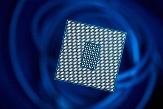 Qualcomm fait la démonstration de son processeur 48 cœurs gravé en 10 nm - http://www.frandroid.com/hardware/processeurs/396225_qualcomm-fait-la-demonstration-de-son-processeur-48-coeurs-grave-en-10-nm  #Processeurs(SoC), #Qualcomm