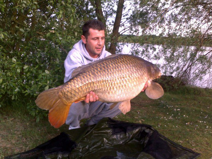 Crowsheath Fishery - Crowsheath Fishery is an award winning day ticket carp fishing lake situated in the heart of Essex on green belt land far away from passing traffic an... Check more at http://carpfishinglakes.com/item/crowsheath-fishery/