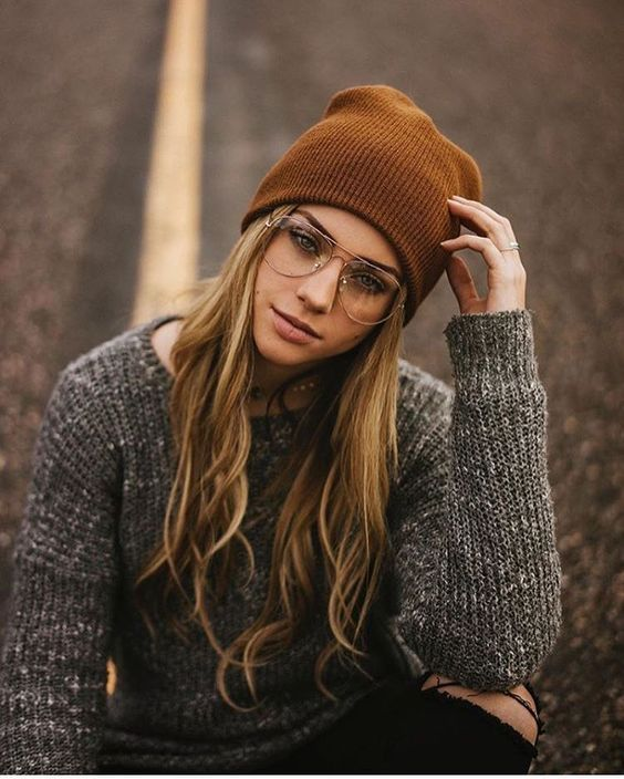 To achieve a hipster look is not difficult. It's one of the easiest trends to copy. Hipster look is all about being stylish and bringing back the old vintage