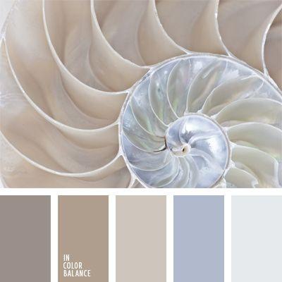 Diese Farbpalette enthält manche Töne der Perlfarbe, die sich gut für die Einrichtung von Badezimmern oder Küchen eignen..