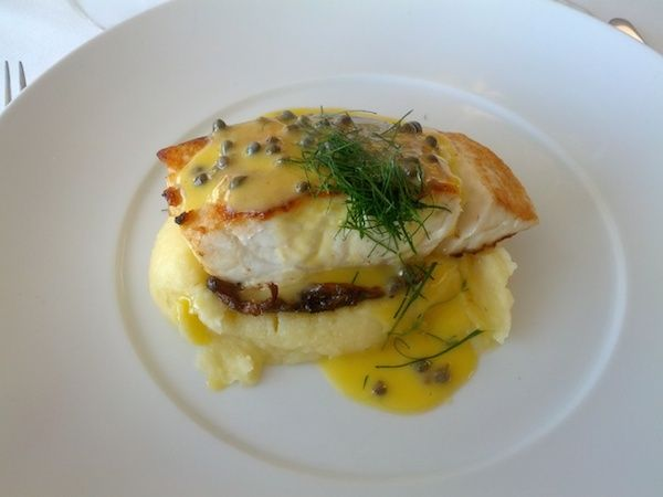 Catalina Rose Bay is a renowned restaurant in Sydney serving fine food and harbour views.