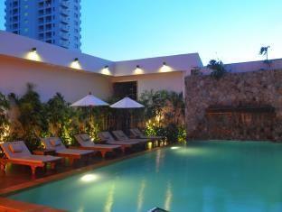 Bamboo House Phuket Hotel Phuket - Swimming Pool http://www.agoda.com/bamboo-house-phuket-hotel/hotel/phuket-th.html?cid=1571165