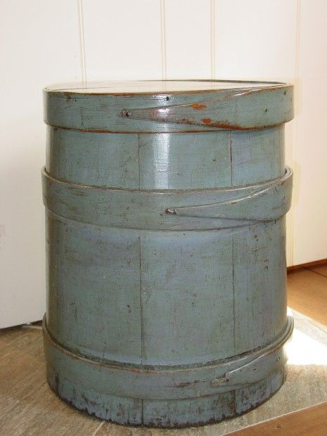 C1800-1820 Staved Bucket with Lid.