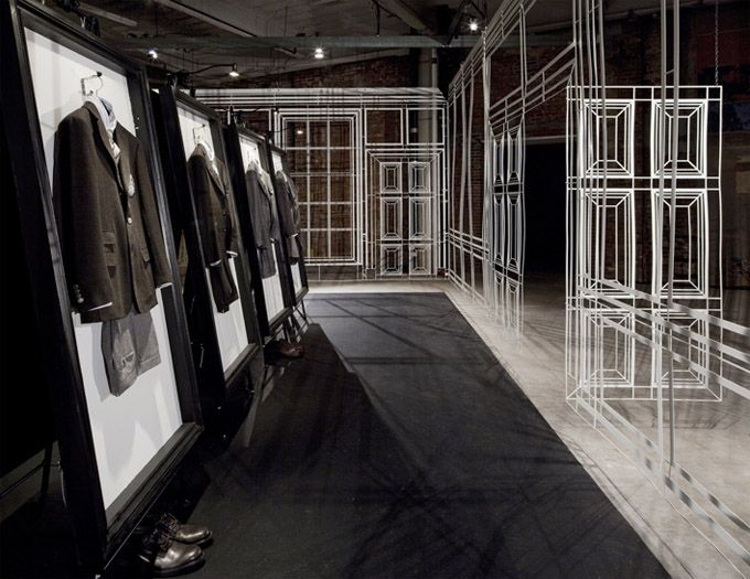 Alfred Dunhil pop-up store during New York Fashion Week! Great strategy for the male market!
