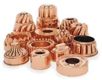 A COLLECTION OF COPPER JELLY MOULDS  / FRENCH AND ENGLISH, MOST LATE 19TH CENTURY
