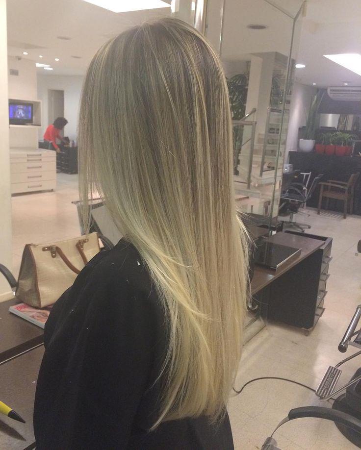 """#platinada #loiras #wella #luzes #sebastian #aquinosalao #nosalao #ombre #blonder #brasilia #beleza #colorshair #cabelosdivos #cabelos  #illuminacolor…"""