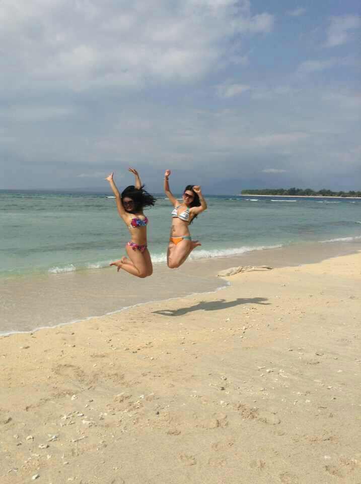 jumping beach!