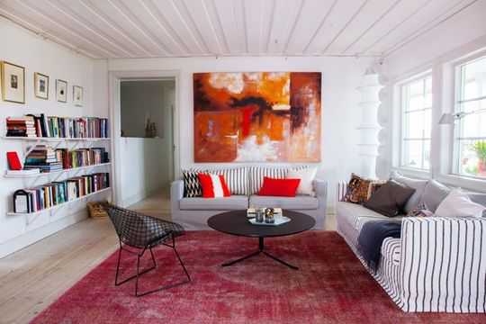 Lesley's Textured, Sunny Scandinavian Style in Sweden — International Video House Tour