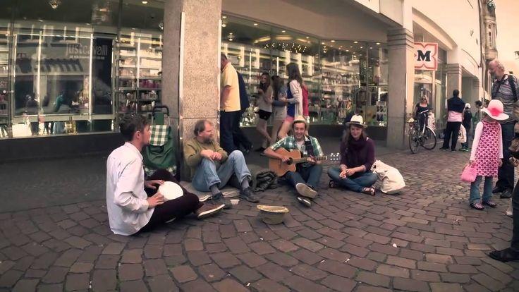 Studenci zaskoczyli bezdomnego w piękny sposób