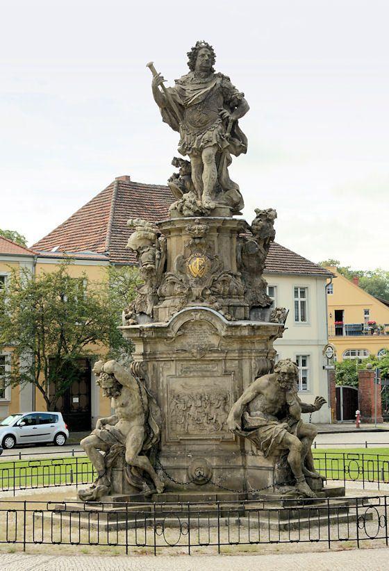 Friedrich Wilhelm, Kurfürst von Brandenburg (born 1620, acceded 1640, died 1688), monument (1738), by Johann Georg Glume (1679-1765).
