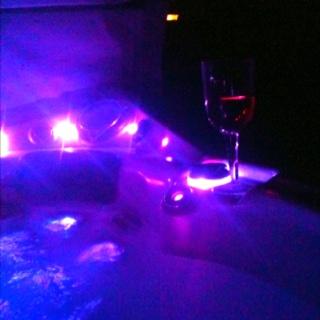 Hot tub + wine + stargazing. My favourite kind of night.  #hottub #stargazing