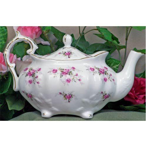 Scatter Rose Fine Bone China ~ Victorian Teapot