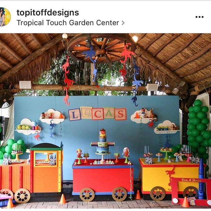 """2,076 curtidas, 30 comentários - @cassianedorigon (@ideiasdebolosefestas) no Instagram: """"Que linda esta festinha brinquedos via @kikidsparty. Por @atelieanalaura. #ideiasdebolosefestas…"""""""