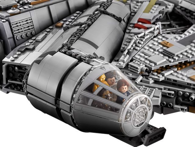 The new Lego Falcon's cockpit can hold four minifigures https://www.usatoday.com/story/life/entertainthis/2017/08/31/biggest-lego-set-ever-sold-star-wars-starship-of-course/617133001/