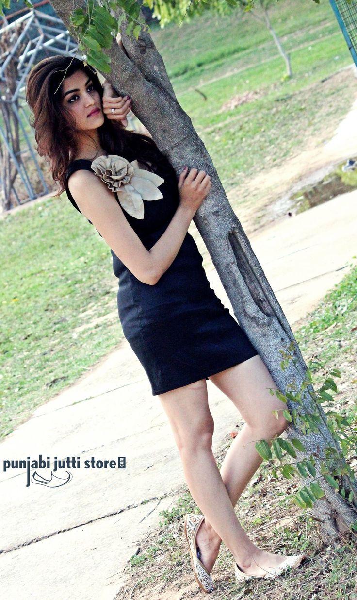 🖤Beauty in Black🖤  #Punjabijuttistore #punjabijutti #jutti #mojari #khussa #bridemade #newtrend #beyou #blackdress #bridetobe #indianwear #ethnicwear #ethniclook #indianbride #worldwide #makeinindia #punjabiweddings #swagycouples #blog #blogger #fashionblog #fashionbloggers #instapic #instafollow #instapost #instalike #india #shopnow #bebeautiful #goethnic💫💫