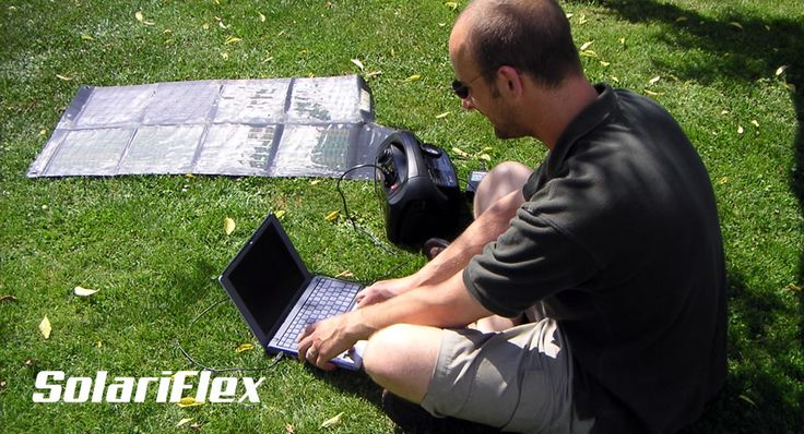 Chargeurs solaires pour ordinateurs portables. Solariflex propose des chargeurs solaires légers et puissants à glisser dans une poche ou un sac. Ces chargeurs solaires sont conçus pour recharger rapidement sans aucun accès au réseau électrique tout type d'appareil portable.