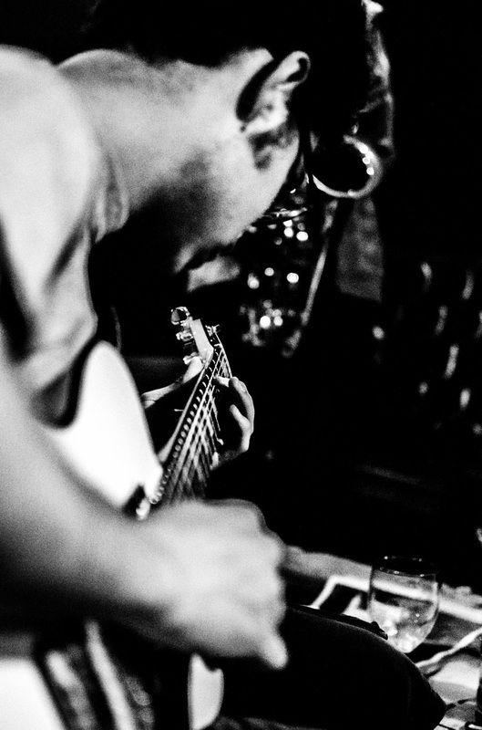 Music - Shufflin' Around The World | Luca Bernardi Photographer