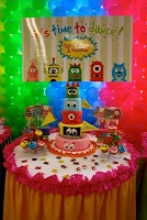 39 best images about yo gabba gabba party ideas on pinterest boombox yo gabba gabba and - Yo gabba gabba bedroom decor ...