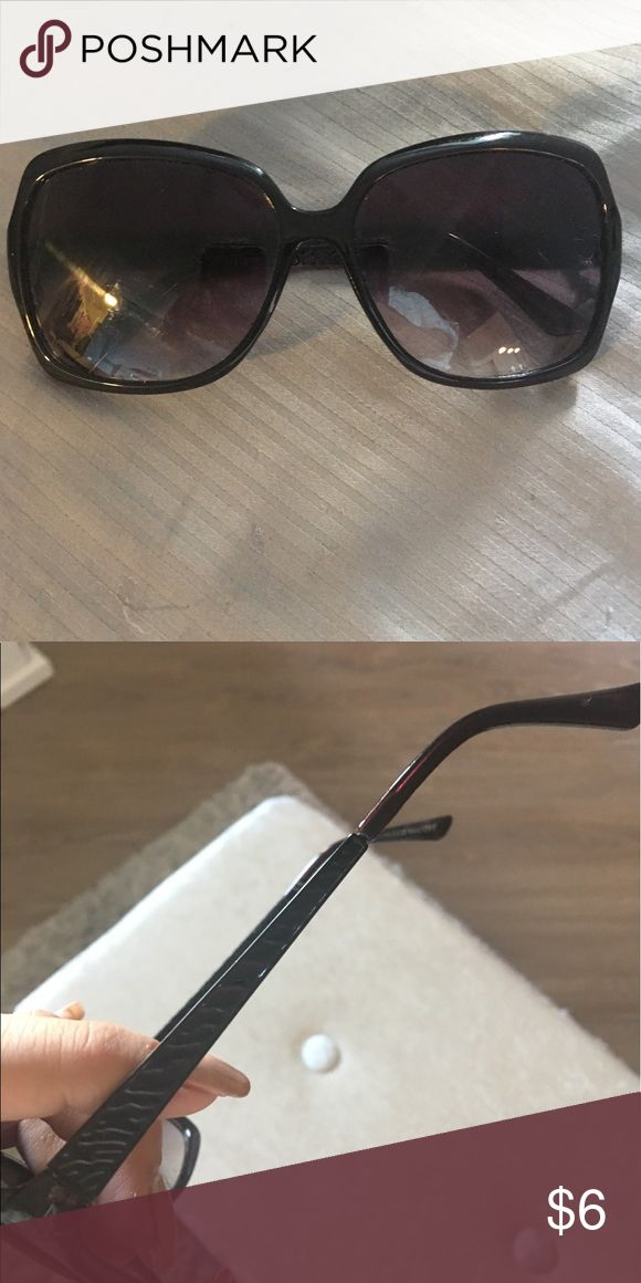 Foster grant sunglasses Cute sunnies great condition hardly worn Foster Grant Accessories Sunglasses