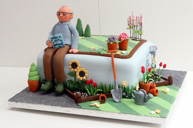 Side view of a gardener's cake.